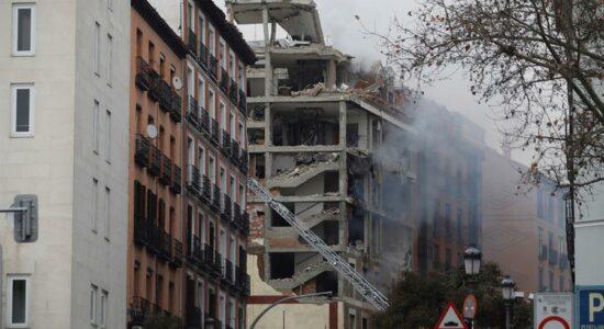 Explosão atingiu região central de Madrid e matou ao menos duas pessoas