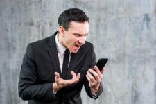 Ligações de call center costumam ser um pesadelo na vida de consumidores