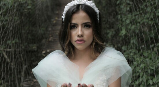 Jayana Moreira em gravação do clipe de Anjos e Arcanjos