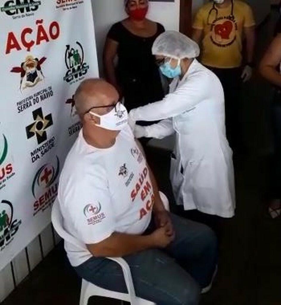 Secretário de saúde de Serra do Navio, Randolph Scooth,