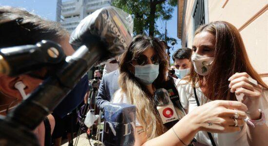 Filhas de Maradona prestam depoimento