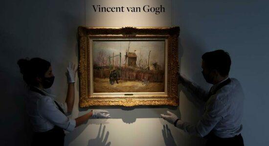 A Sothebys Paris apresenta a obra de arte Scene de rue a Montmartre de Vincent van Gogh
