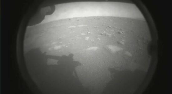 Imagem feita pela sonda Perserverance no planeta Marte