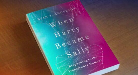 Livro contra o transgenerismo foi excluído da Amazon