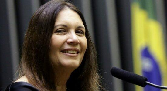 Deputada Bia Kicis diz estar evitando falar sobre o CCJ