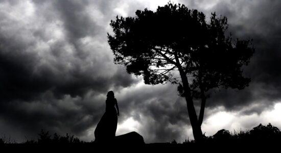 Há várias teorias sobre a existência, ou não, da personagem Lilith