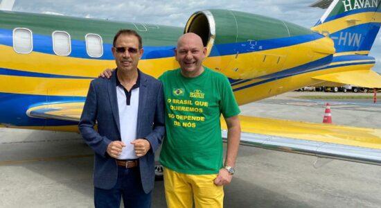 Carlos Wizard e Luciano Hang se reuniram para falar sobre compra de vacinas contra Covid