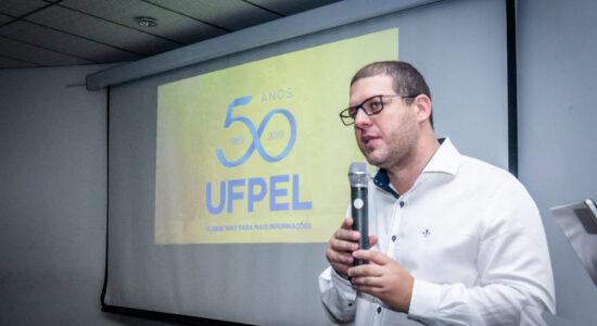 Ex-reitor da UFPel foi punido após se manifestar contra o presidente Jair Bolsonaro