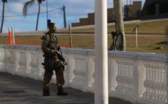 Policial militar, que surtou em Salvador, é baleado