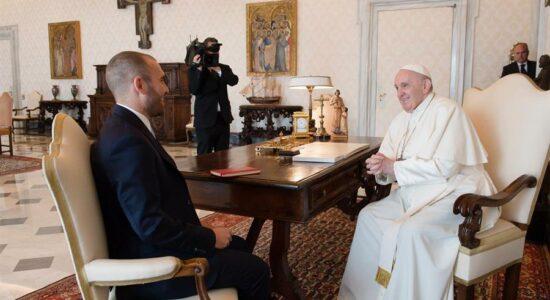 Papa Francisco recebe ministro da Economia da Argentina em audiência privada