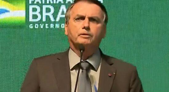 Bolsonaro durante discurso em Chapecó