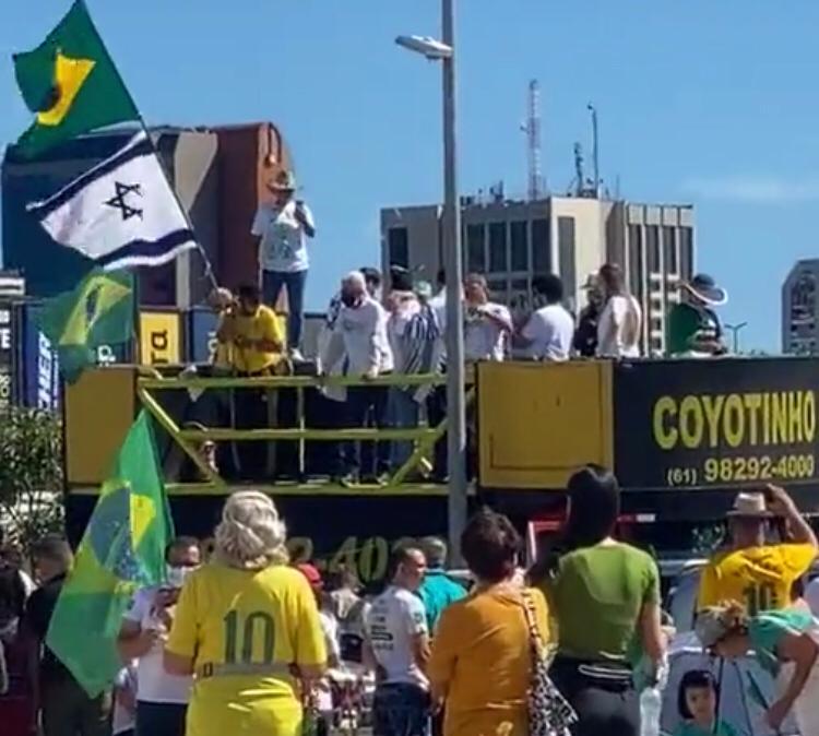 Grupos cristãos protestam em diversas cidades do país