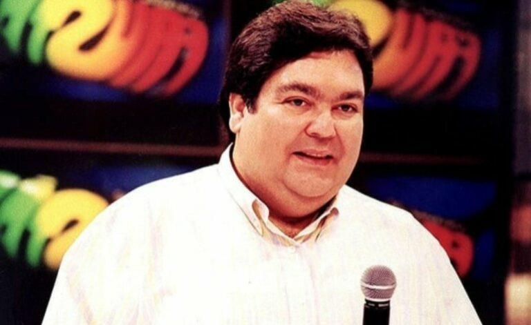 Fausto Silva possui uma longa trajetória na televisão brasileira