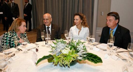 Presidente Jair Bolsonaro participou de almoço com empresárias e executivas