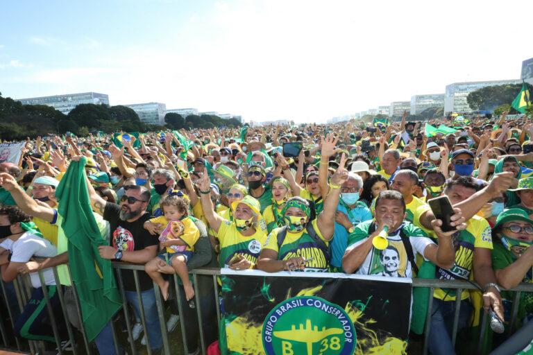 Brasileiros irão às ruas pelo voto impresso e auditável para o dia 1º de agosto