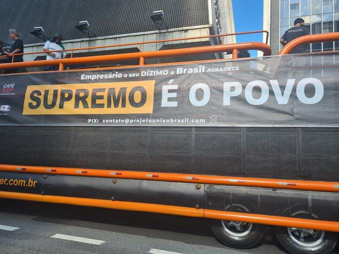Manifestantes saíram por todo o país pedindo ação de Jair Bolsonaro contra suposto golpe de Estado em curso no Congresso e no STF