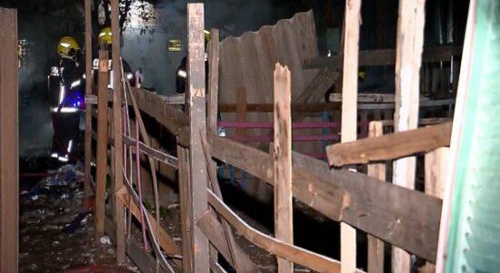 Incêndio em Porto Alegre matou três crianças nesta quinta-feira