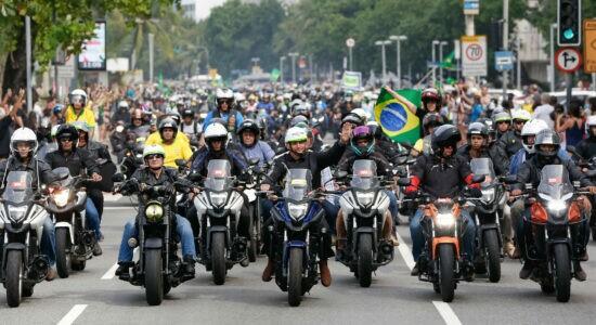 Presidente deve participar de novo passeio de moto em São Paulo