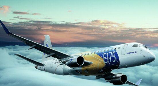 foto03emp-101-embraer-b2
