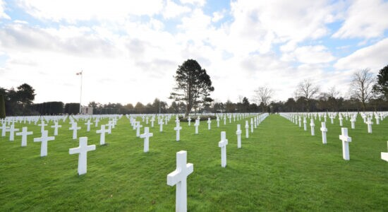 scenery-of-a-cemetery-for-soldiers-who-died-during-the-second-world-war-in-normandy (1)