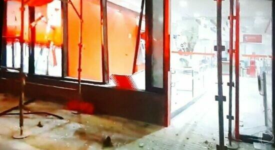 Agências bancárias foram depredadas durante atos em SP