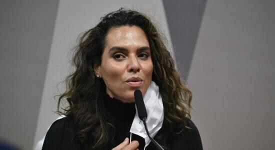Infectologista Luana Araújo participou de sessão da CPI no dia 2 de junho