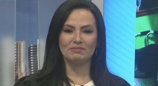 Luciana Ribeiro chorou ao contar que foi abusada durante a infância
