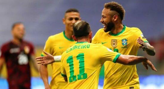 Brasil venceu a Venezuela sem esforço na estreia da Copa América