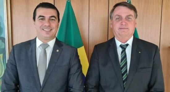 Deputado Luis Miranda ao lado do presidente Jair Bolsonaro