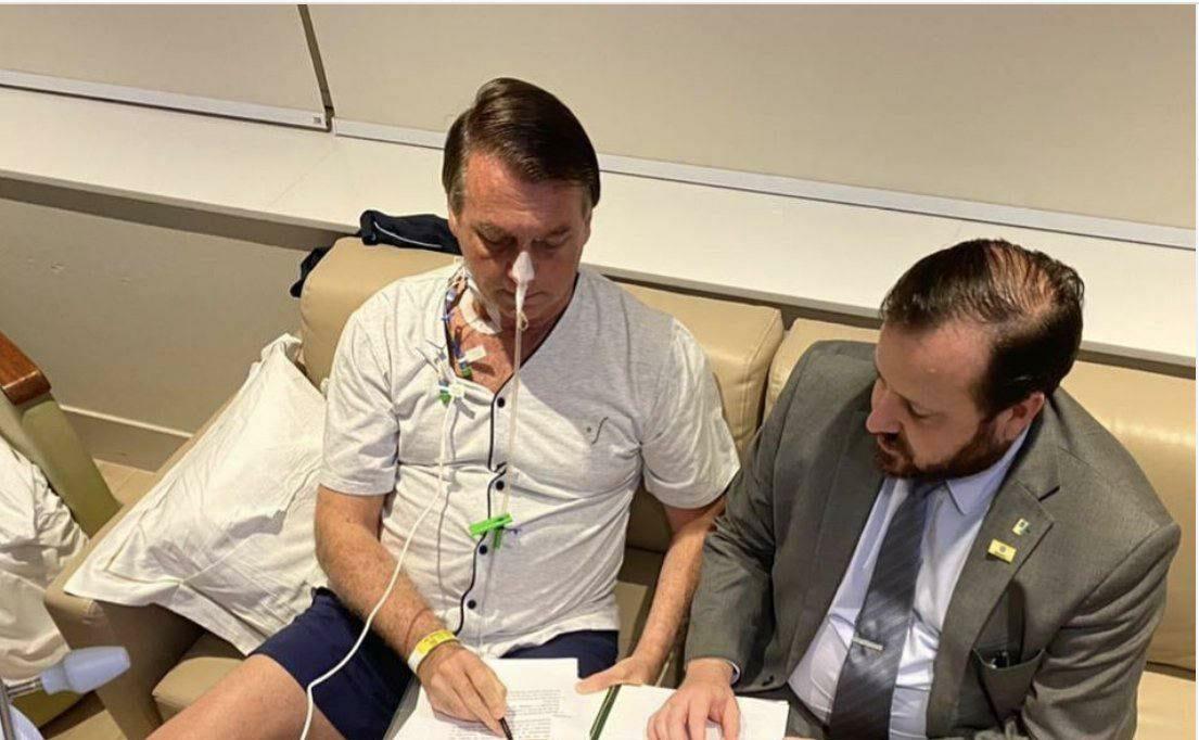O presidente segue trabalhando no hospital