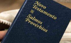 Distribuição de Bíblia em hospital virou alvo de reclamação do PSOL