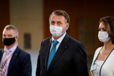 Presidente Jair Bolsonaro ao deixar o prédio da ONU