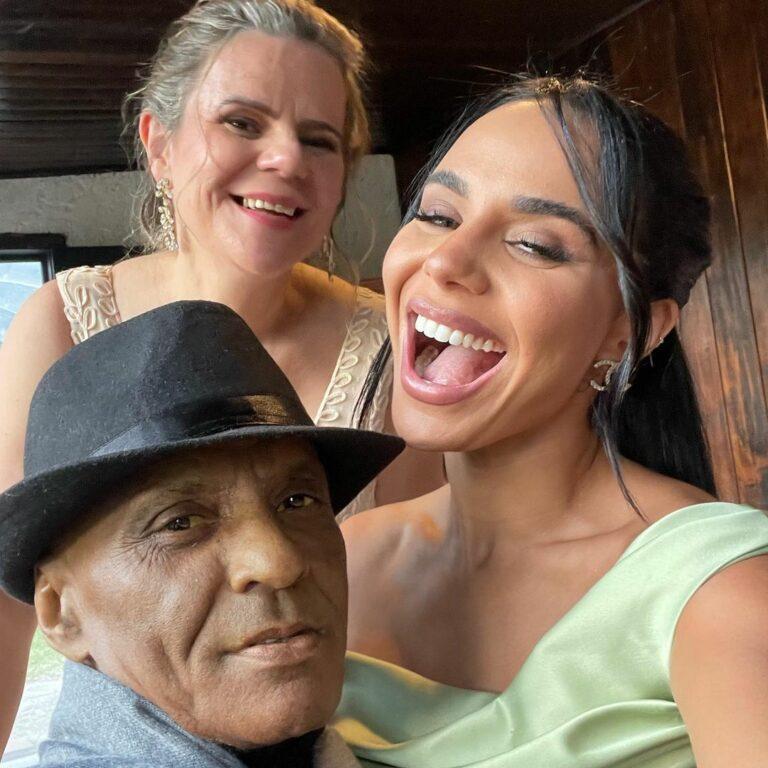 Pastor Cláudio Claro e sua família