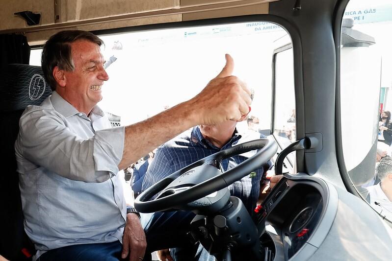 Bolsonaro no caminhão/caminhoneiros