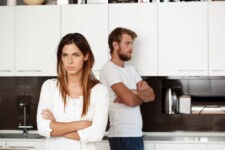 Casal se divorcia porque marido tinha hábito de inventar palavras