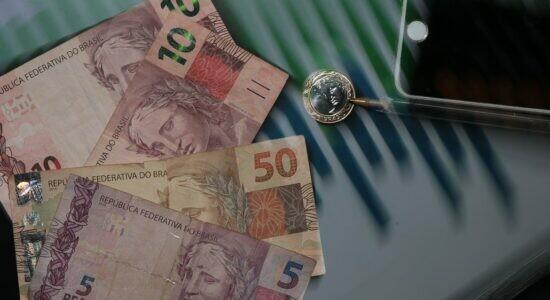 Economia, Moeda Real,Dinheiro, Calculadora
