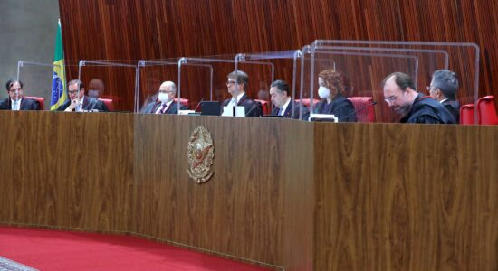 Sessão do TSE que iniciou julgamento da chapa Bolsonaro-Mourão