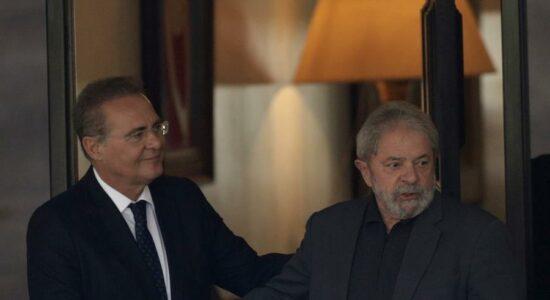 Senador Renan Calheiros ao lado do ex-presidente Lula