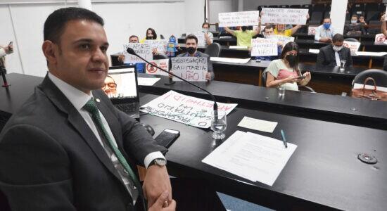 Deputado Cairo Salim criticou passaporte vacinal durante audiência pública