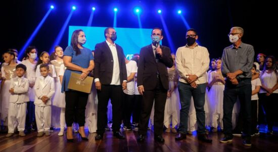 Igreja de Nova Vida de Alcântara celebra aniversário com musical