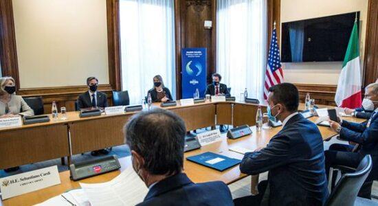 Reunião da OCDE que chancelou imposto global para multinacionais
