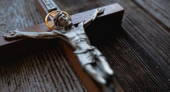 crucifixo pro-church-media-WgvX_7heM3A-unsplash